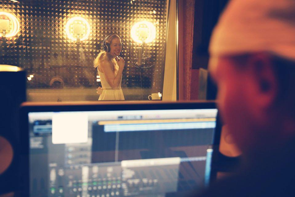 Бесплатная запись и сведение в студии 44PRO.